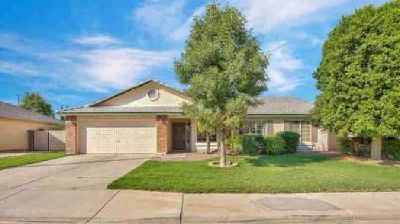 2846 E TOLEDO Court Gilbert Four BR, Immaculate home in a great