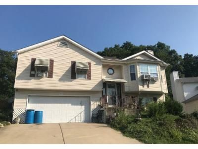 2 Bath Preforeclosure Property in House Springs, MO 63051 - NW Point Dr