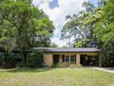 2120 NW 55TH Terrace