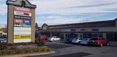 Retail Space for Lease w/Prime Visibility Along I-35W