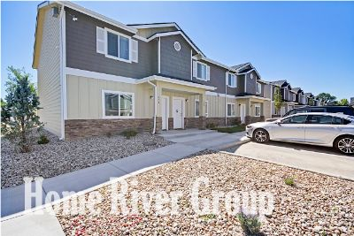 3 bed 2.5 Town Home Nampa!