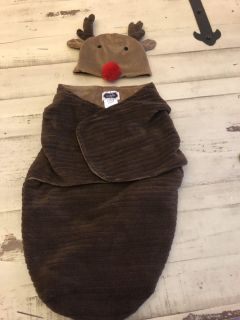 Reindeer minky swaddle / picture costume
