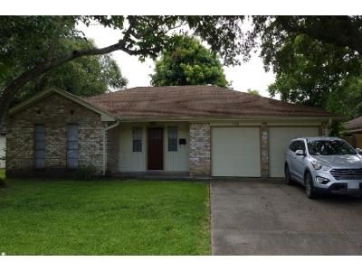 3 Bed 2 Bath Preforeclosure Property in Pearland, TX 77584 - Rockland Dr