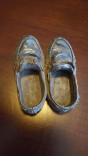 """Vintage """"Small Pair Worn Out Shoes"""" Heavy Resin Decoration"""