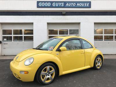 2002 Volkswagen New Beetle GLS 1.8T (Double Yellow)
