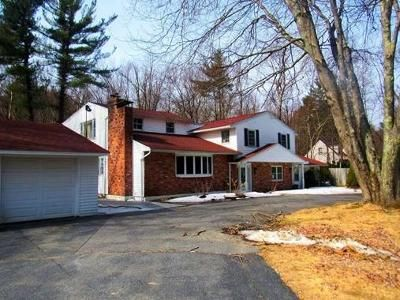 4 Bed 3.0 Bath Foreclosure Property in Sterling, MA 01564 - E Park Rd