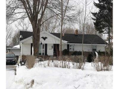 4 Bed 1 Bath Foreclosure Property in Milwaukee, WI 53220 - S 43rd St