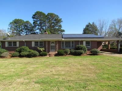 3 Bed 2 Bath Foreclosure Property in Spartanburg, SC 29303 - Woodvale Dr