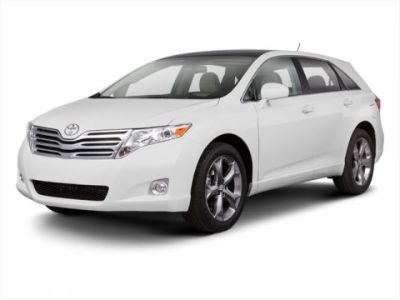2011 Toyota Venza AWD V6 (Red)