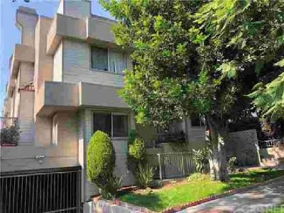 129 Carr Drive #2 Glendale Three BR, Desirable two-story townhome