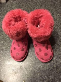 Super Cute size 6 boots. Toddlers.
