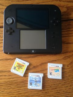 Red Nintendo 3DS with 3 games