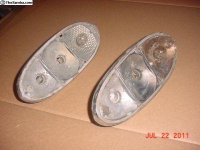 70-71 Hella Tail Light Bulb Holder 141945231
