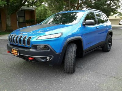2018 Jeep Cherokee Trailhawk (Blue)