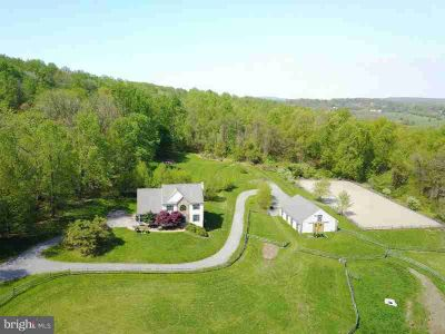 271b Hill Rd Elverson Four BR, Welcome to Peaceful Living in the