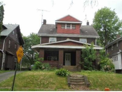 3 Bed 1 Bath Foreclosure Property in Youngstown, OH 44504 - Alameda Ave