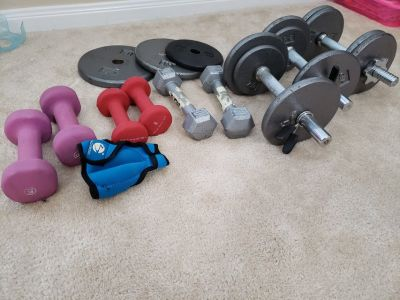 Hand weights and dumbells