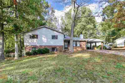 4196 Clearview Drive Douglasville Three BR, Newly renovated and