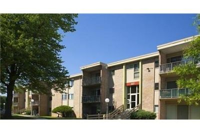 Apartment for rent in Gaithersburg. Parking Available!