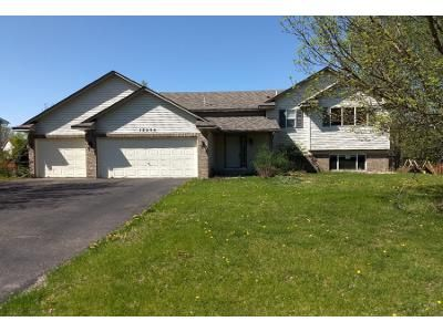 4 Bed 3 Bath Preforeclosure Property in Andover, MN 55304 - Vale St NW