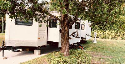 2011 Keystone Cougar X-Lite 30FKV