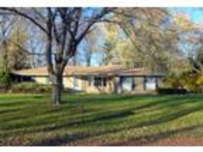 East Lansing Three BR 2.5 BA, Renaissance Property Management