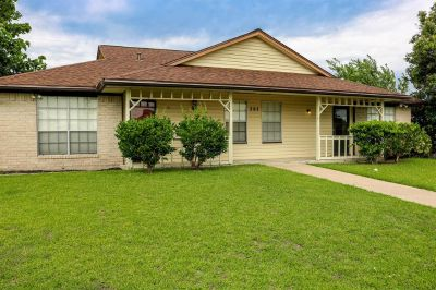 707 Ruth Ct  Unit: B Navasota Texas 77868