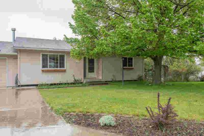 2318 Hillview Court MISSOULA Four BR, Turnkey home situated on a