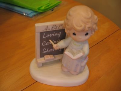 * REDUCED * Teach Us to Love One Another Precious Moments