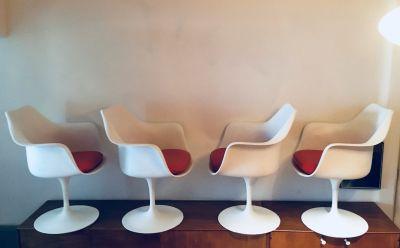 4 Eero Saarinen Tulip Dining Arm Chairs Knoll
