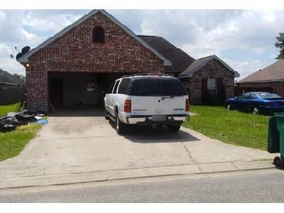 3 Bed 2 Bath Foreclosure Property in Broussard, LA 70518 - Fawn Ln