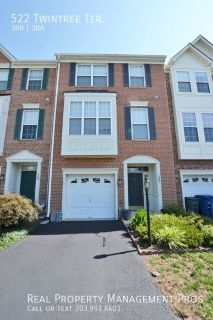 Well Maintained 3 Bedrooms 2.5 Bath Townhouse for Rent in Potomac Station!