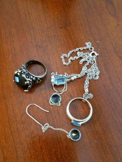 Unmarked assorted jewelry bundle