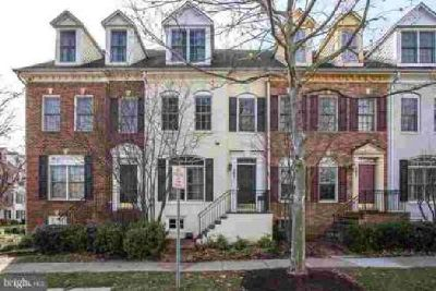505 Oak Knoll Dr Rockville Three BR, Spacious renovated townhome