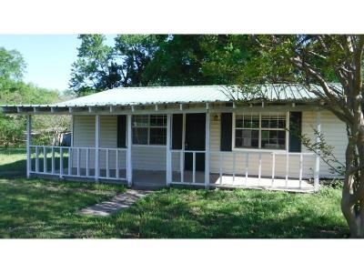 3 Bed 2 Bath Foreclosure Property in Wagoner, OK 74467 - E 682 Ter