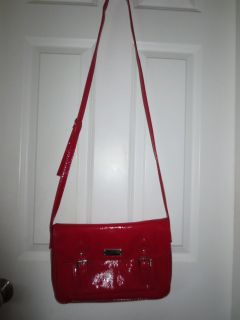 Red Purse in good shape(Kenneth Cole Reaction)