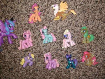 My little pony lot (MLP minis) 11 total!