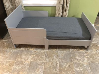New Toddler Bed with Mattress and Sheet