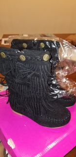 Fringe boots toddler size 8 new with box