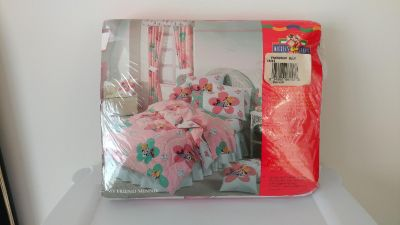 Twin size bed sheet set - unused