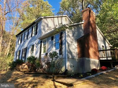 3 Bed 2.5 Bath Foreclosure Property in Lovettsville, VA 20180 - Furnace Mountain Rd