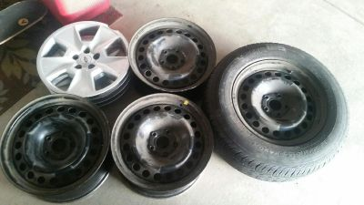 Ford Explorer Rims and tires 2013