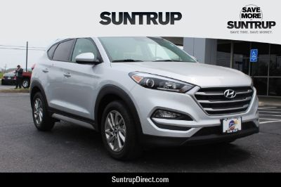 2017 Hyundai Tucson SE (Molten Silver - Silver)