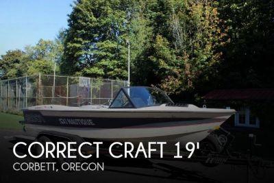 1985 Correct Craft 18 Ski Nautique