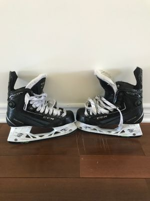 Hockey Skates - CCM Ribcore Maxx 6.5 Used only 1 season