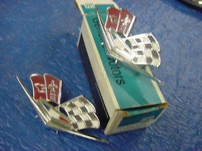 Purchase Chevy Corvette 1963-66 NOS Fender Cross Flags motorcycle in Girard, Ohio, US, for US $9.99