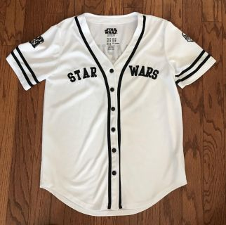 Cute Star Wars jersey from forever 21