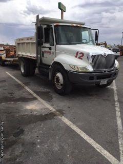 Dump Truck 2004 International
