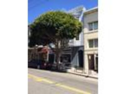 Large Pacific Heights One BR W/Hardwood Floors Throughout