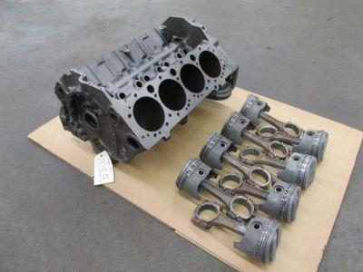 Find NOS CE 1969 Z28 Camaro DZ 302 4 Bolt Block, Rods & Pistons 3970010 010 3927172 motorcycle in Cincinnati, Ohio, United States, for US $2,500.00